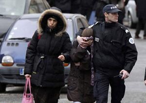 La polizia a Tolosa sul luogo della strage.